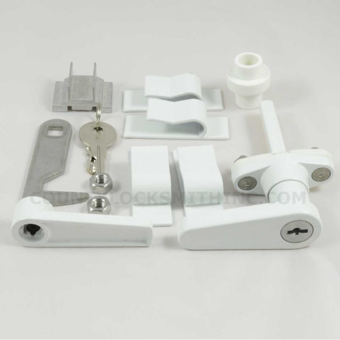Accordion Shutter L Lock White